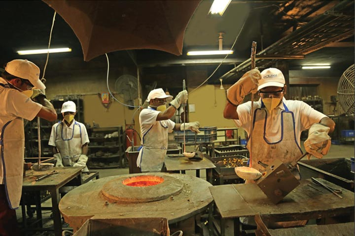 08-manufacturing